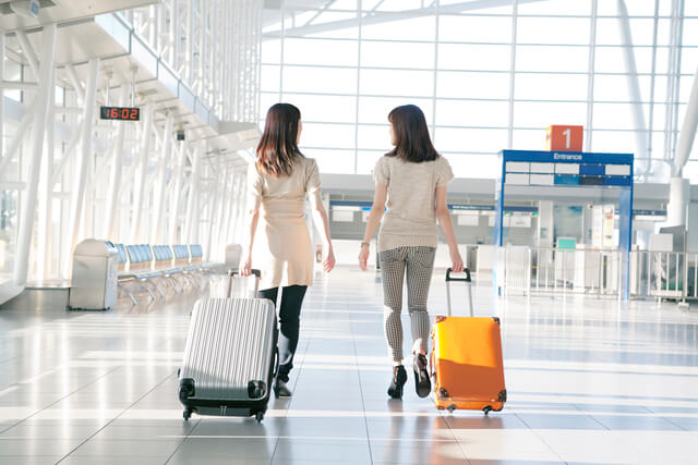 空港ラウンジを無料で利用できるクレジットカード特集!空港ラウンジの基礎知識も紹介!