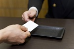 クレジットカードを持っていなくてもVODサービスを利用したい!方法はある?